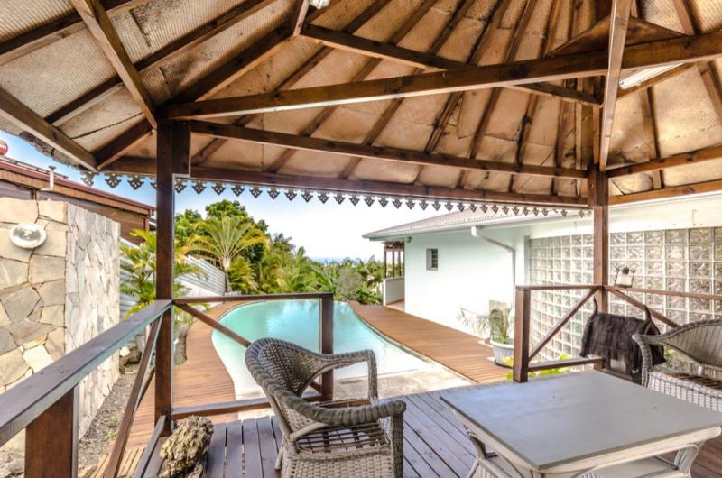 Deluxe sale house / villa Saint pierre 655000€ - Picture 1