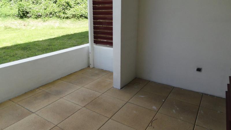 Location appartement St denis 370€ CC - Photo 3