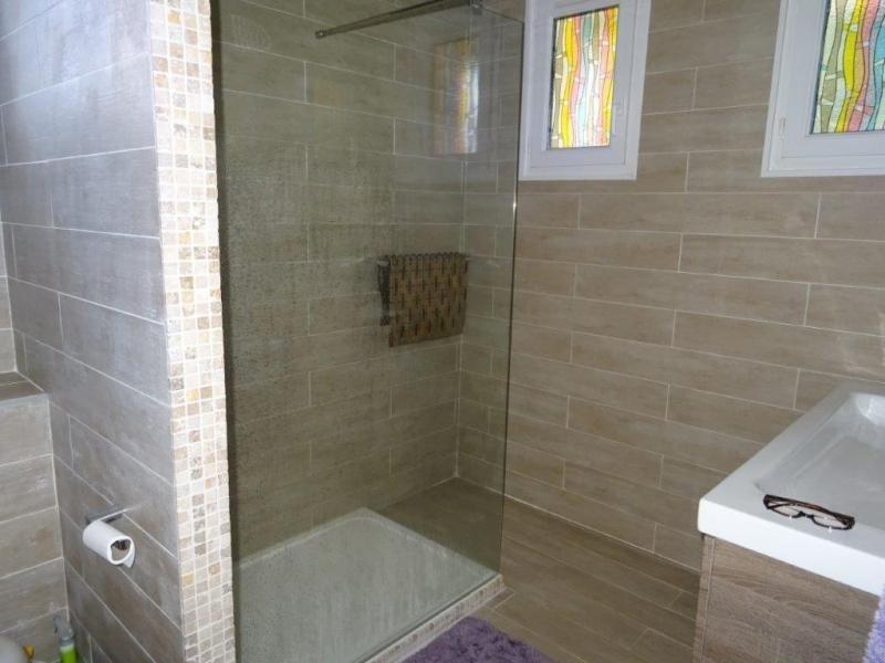 Sale house / villa Plourac h 101650€ - Picture 8