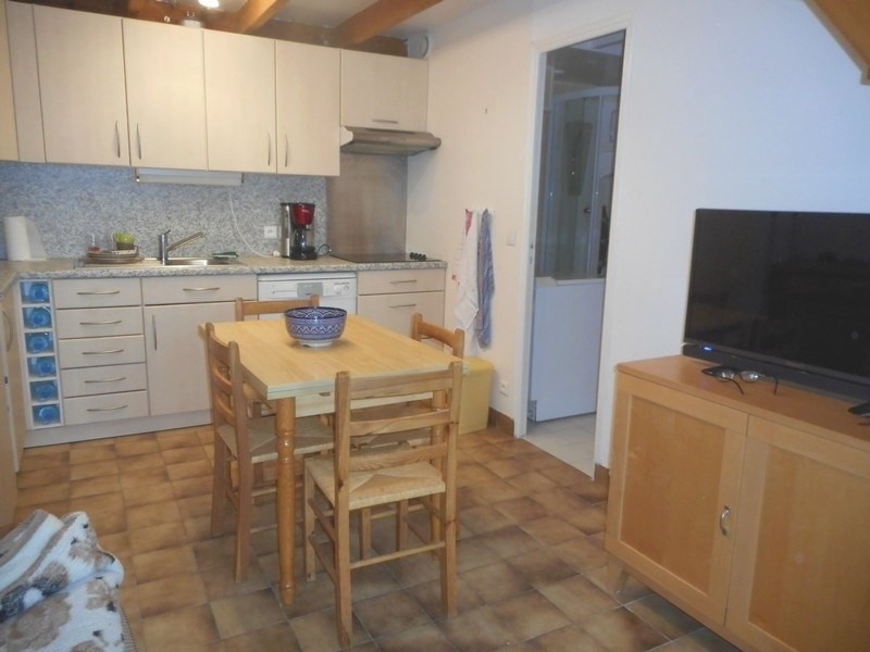 Vacation rental house / villa Vaux-sur-mer 375€ - Picture 3