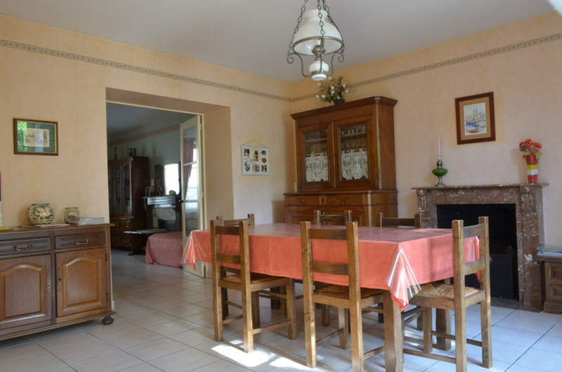 Vente maison / villa Fontenay le comte 190000€ - Photo 2