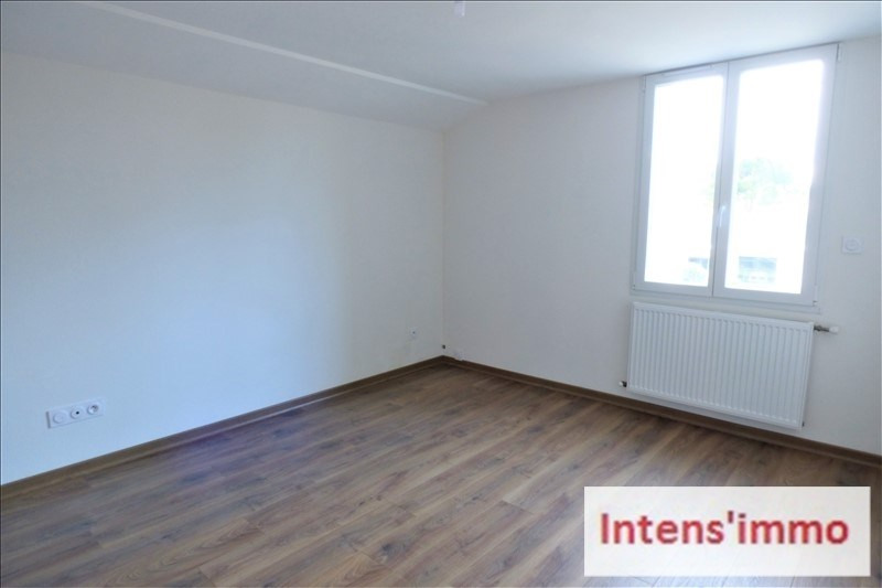 Rental apartment Romans sur isere 625€ CC - Picture 4