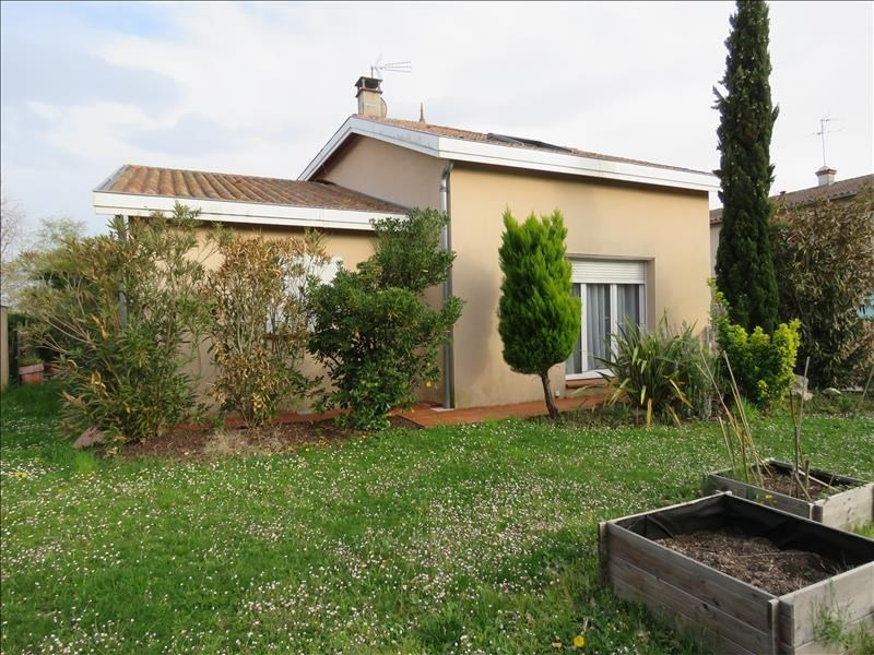 Sale house / villa St lys 369 271€ - Picture 1