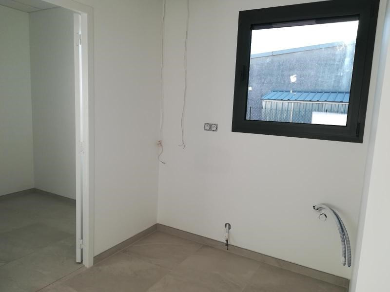 Location local commercial Vif 1200€ CC - Photo 7