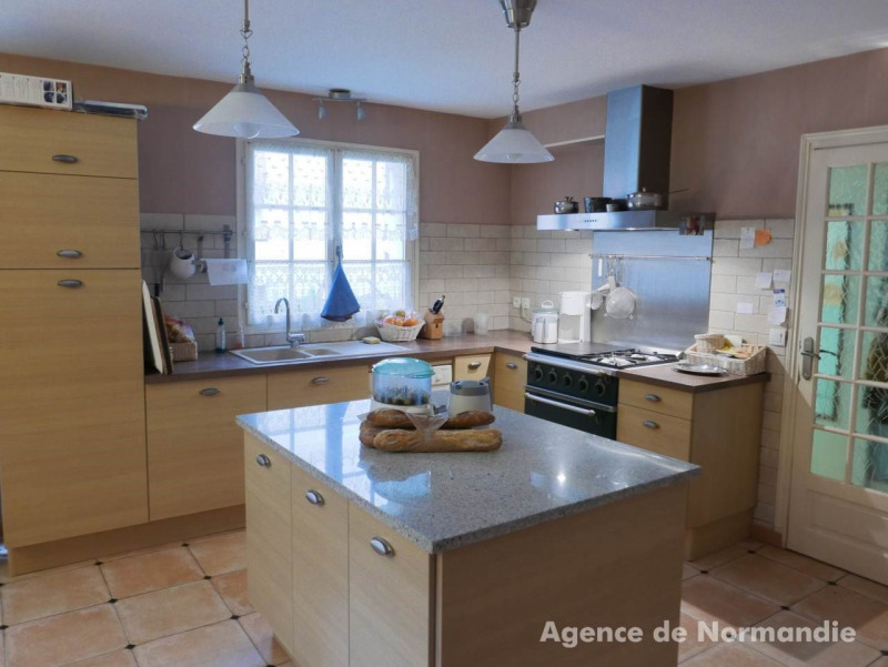 Investment property empty room/storage Broglie 100 000€ - Picture 2