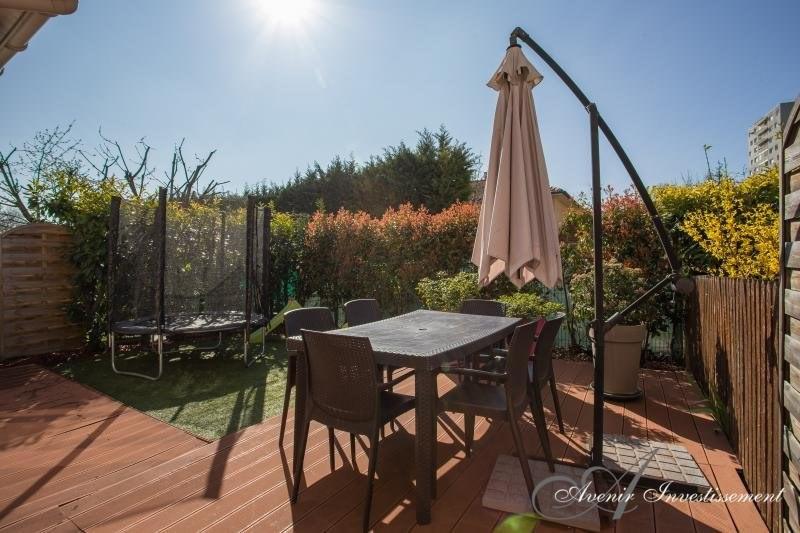 Sale house / villa Villeurbanne 279000€ - Picture 9