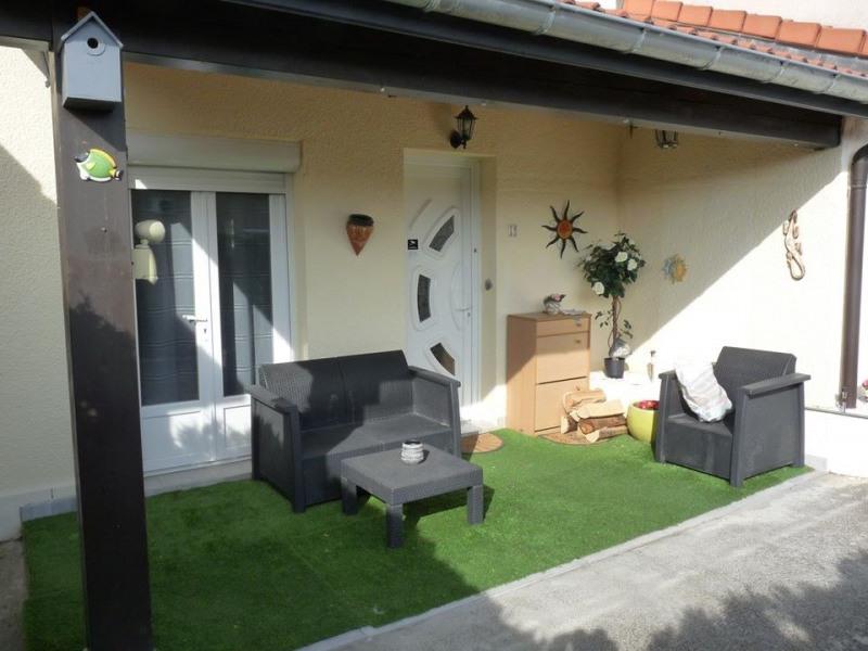 Sale house / villa Roche-la-moliere 189000€ - Picture 2