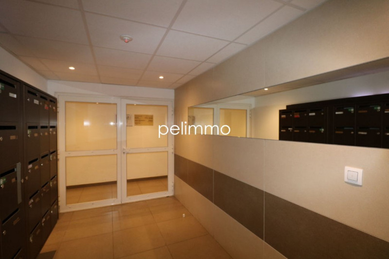 Location appartement Pelissanne 641€ CC - Photo 8
