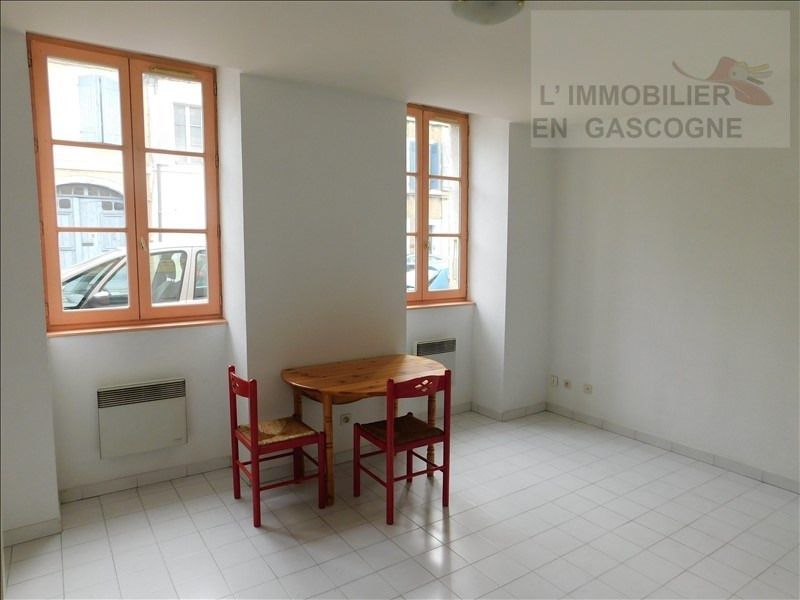Verhuren  appartement Auch 310€ CC - Foto 3