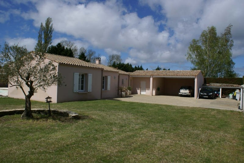 Deluxe sale house / villa Yves 605 000€ - Picture 2