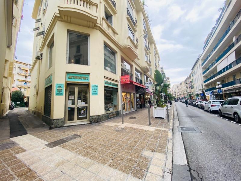 Sale shop Nice 380000€ - Picture 1
