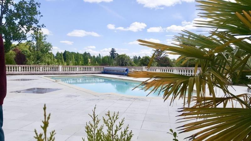 Deluxe sale house / villa Nontron 595000€ - Picture 2