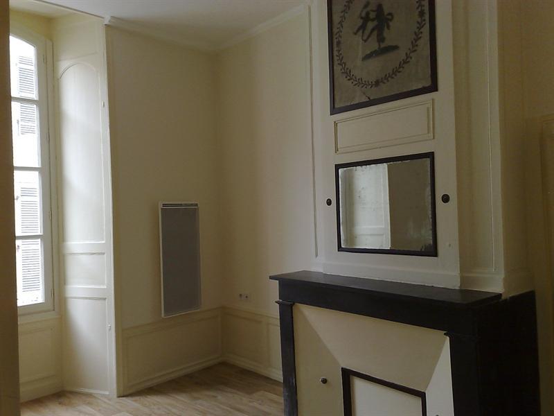 Rental apartment Saintes 579€ CC - Picture 5