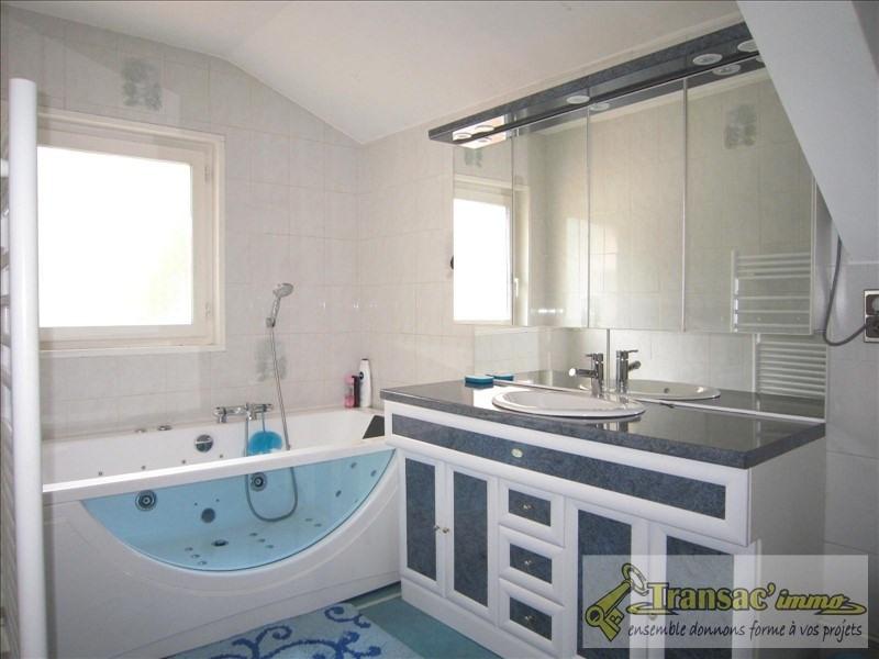 Sale house / villa Celles sur durolle 274300€ - Picture 8