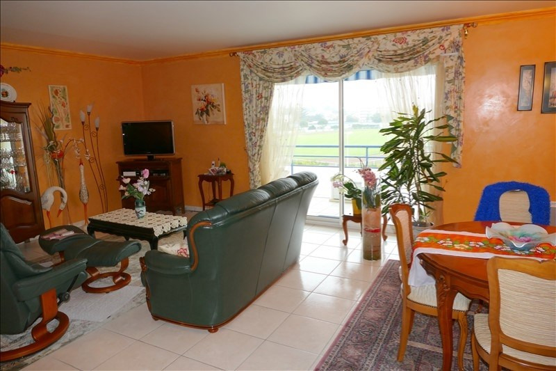 Deluxe sale apartment Royan 462 000€ - Picture 2