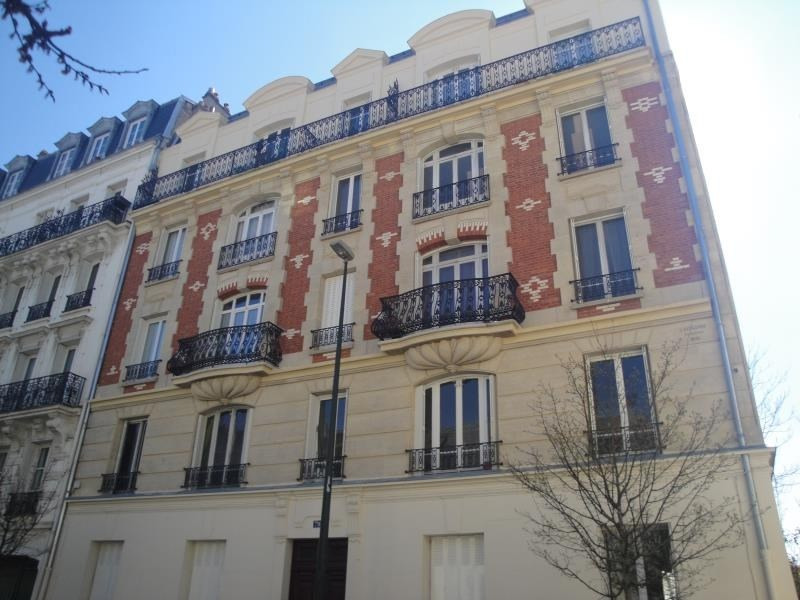 Sale apartment La garenne colombes 383 250€ - Picture 1