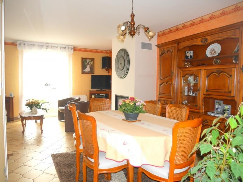 Sale house / villa Mordelles 220000€ - Picture 2