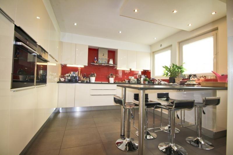 Deluxe sale house / villa Lorient 577500€ - Picture 2