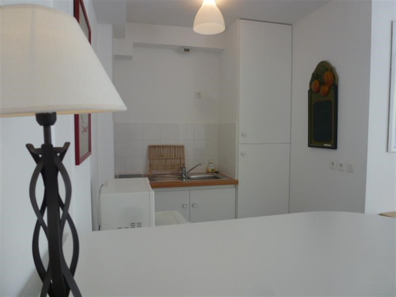 Rental apartment Fontainebleau 921€ CC - Picture 5