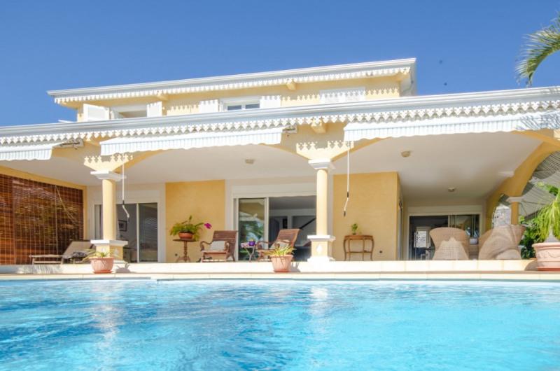 Deluxe sale house / villa Saint gilles les bains 850000€ - Picture 2