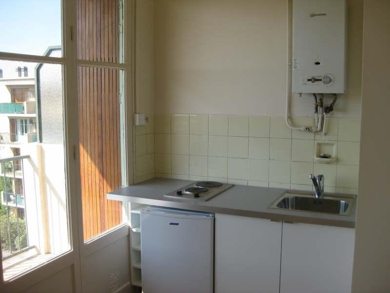 Rental apartment Aix en provence 528€ CC - Picture 2
