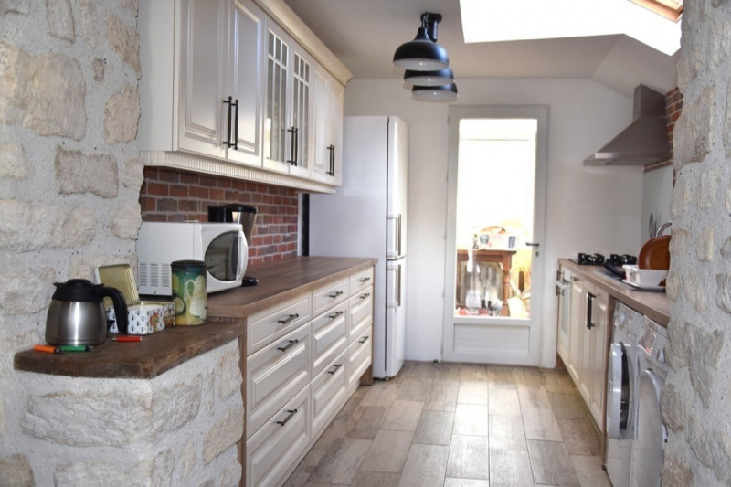 Sale house / villa Neuilly en thelle 305000€ - Picture 4