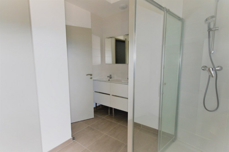 Location appartement Meyrargues 895€ CC - Photo 5