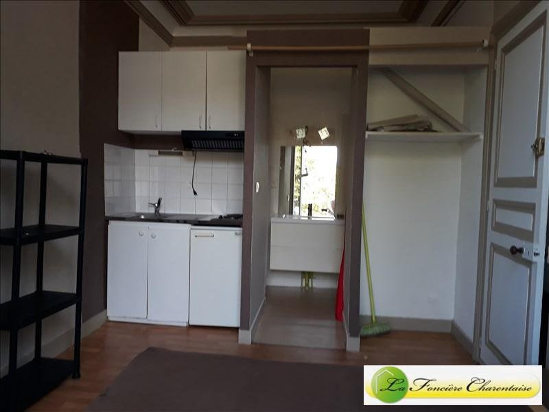 Location appartement Angoulême 220€ CC - Photo 2