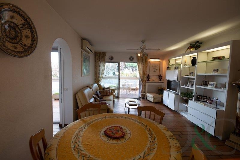 Deluxe sale apartment Le lavandou 395 000€ - Picture 9