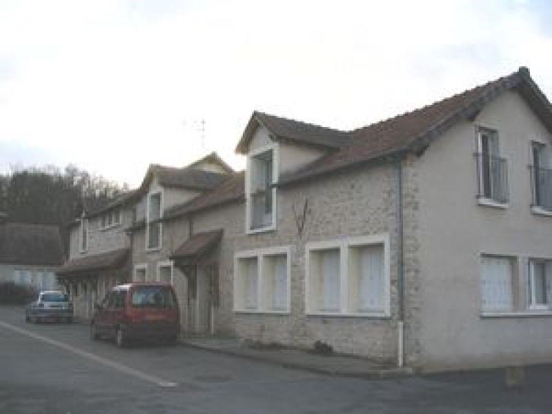 Rental apartment Ballancourt sur essonne 770€ CC - Picture 1