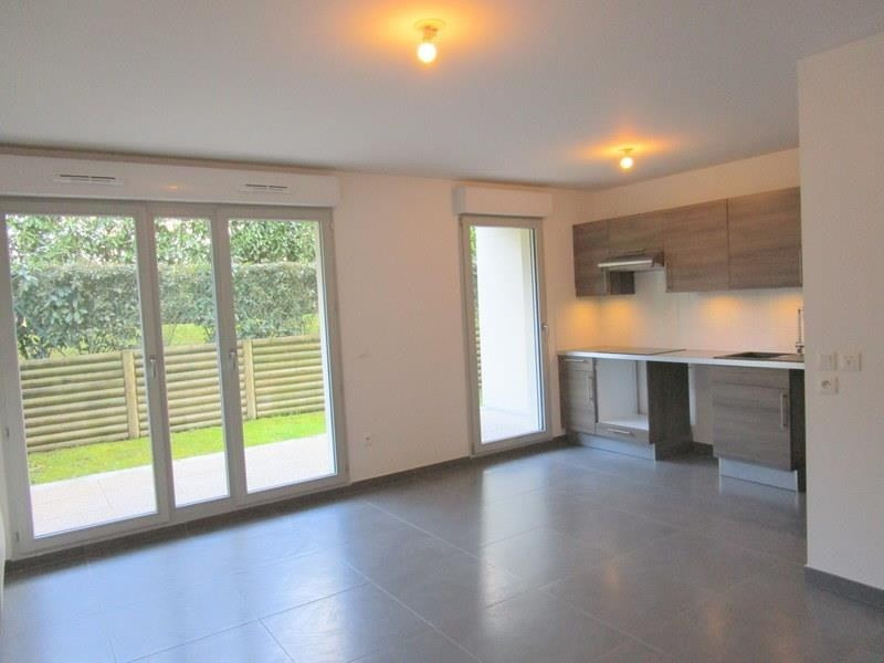 Location appartement Le port marly 936€ CC - Photo 2
