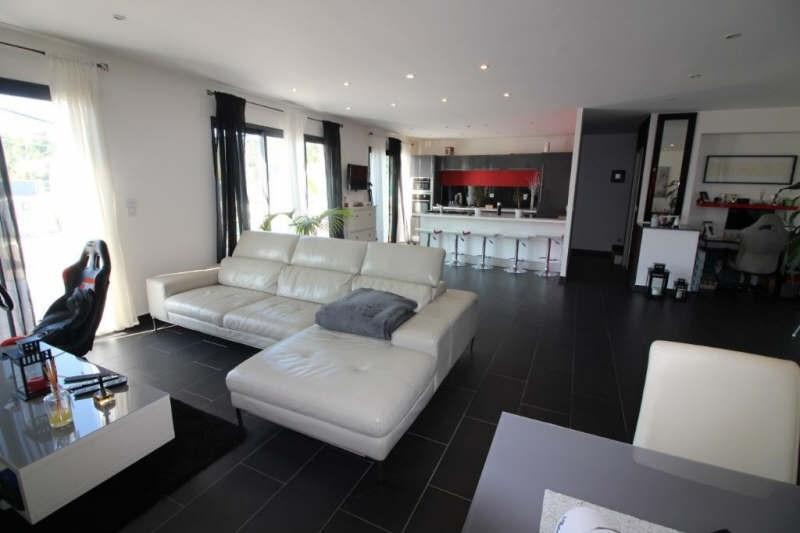 Deluxe sale house / villa Bouc bel air 945000€ - Picture 3