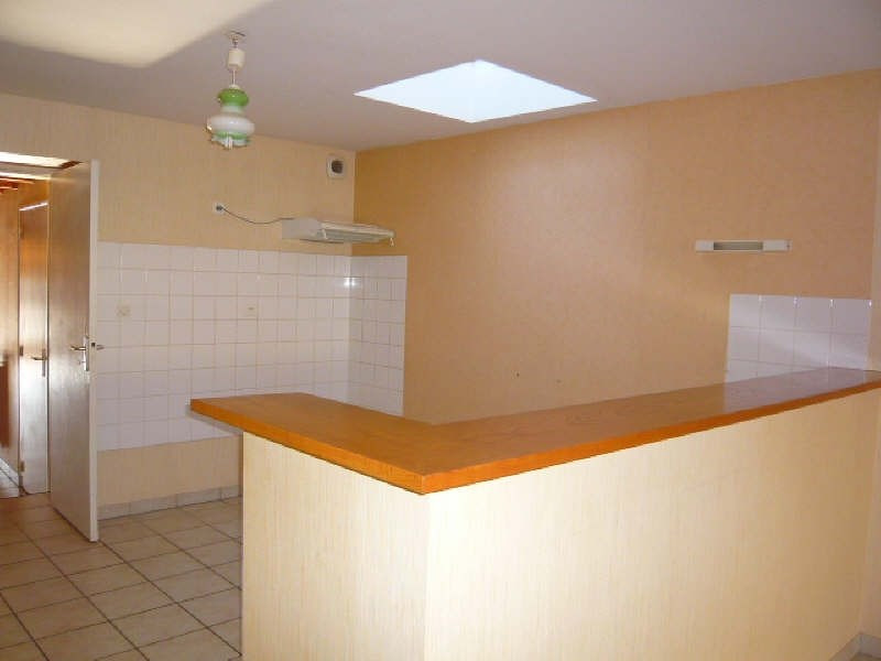 Location maison / villa La mothe st heray 523€ CC - Photo 3