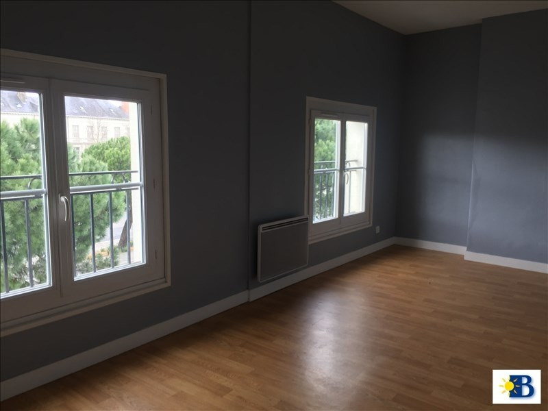 Location appartement Chatellerault 380€ CC - Photo 6