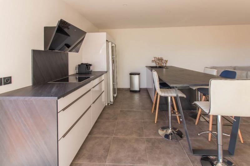 Deluxe sale house / villa Saint gilles les bains 605000€ - Picture 3