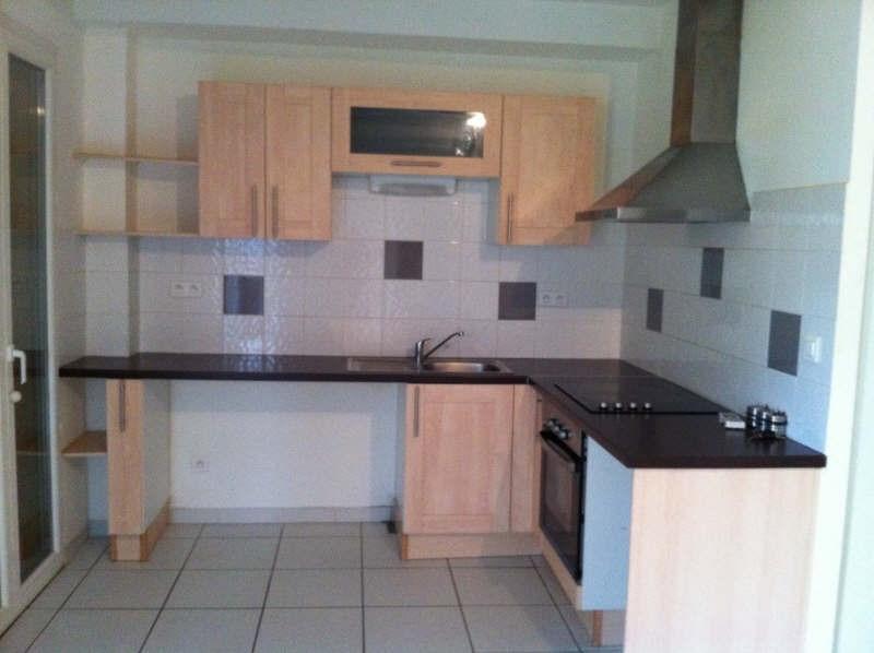 Rental apartment Poussan 564€ CC - Picture 1