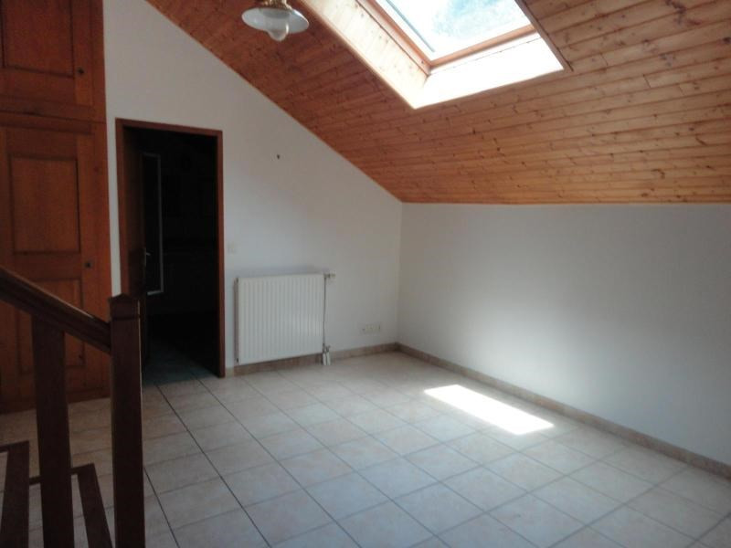 Location maison / villa Claix 1 525€ CC - Photo 5