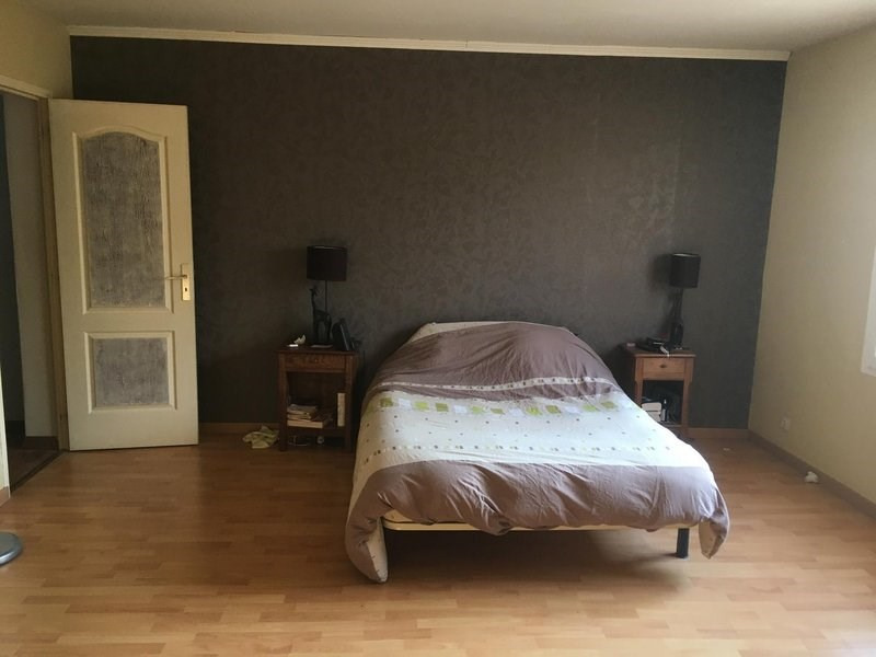 Sale house / villa Châlons-en-champagne 145000€ - Picture 7