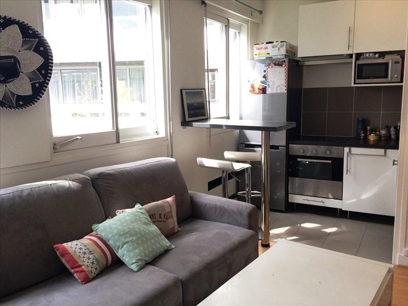 Sale apartment Paris 15ème 325000€ - Picture 1