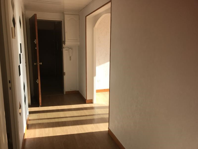 Rental apartment Pau 499€ CC - Picture 2