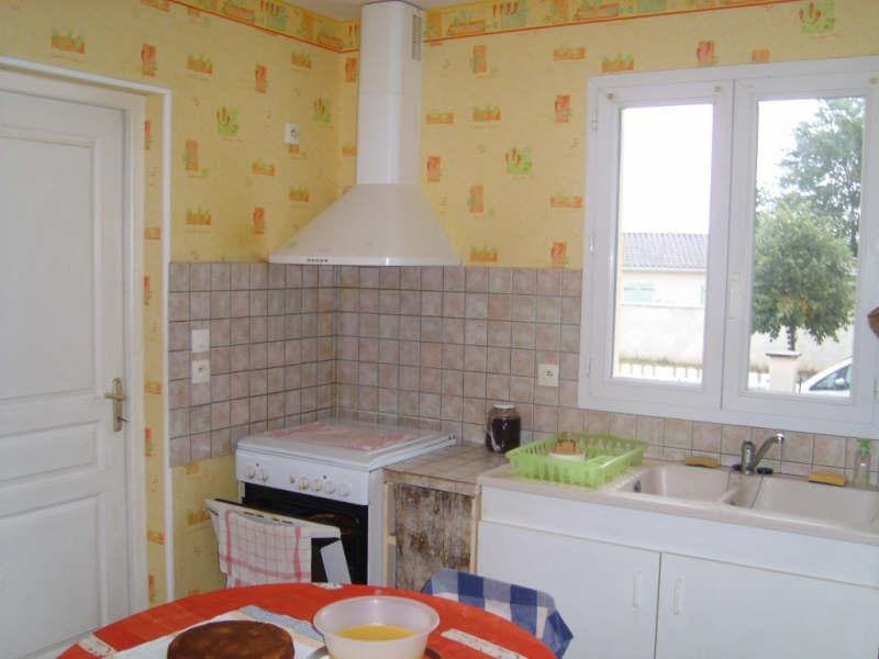 Location maison / villa Saint-yrieix-sur-charente 776€ CC - Photo 6