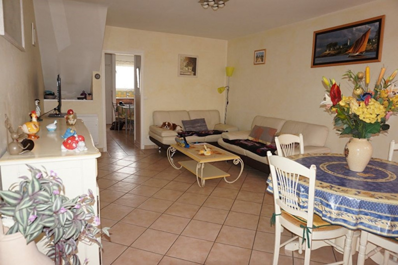 Vente maison / villa Hyeres 280 900€ - Photo 6