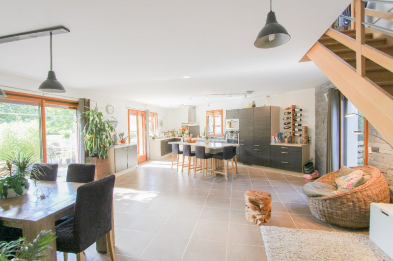 Deluxe sale house / villa Les marches 580 000€ - Picture 2