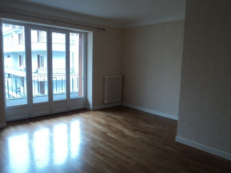 Location appartement Rodez 767€ CC - Photo 3