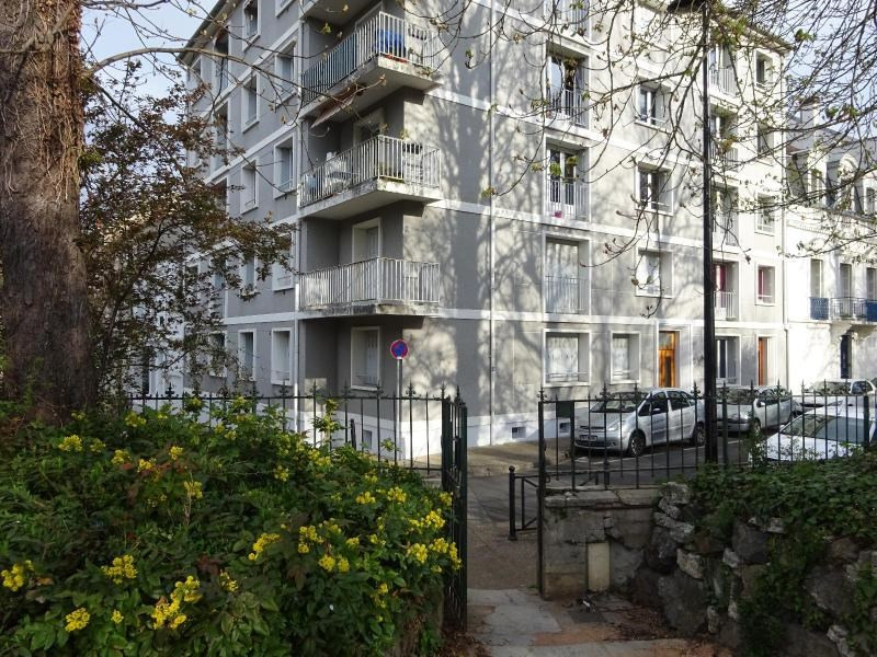 Rental apartment Vichy 530€ CC - Picture 1