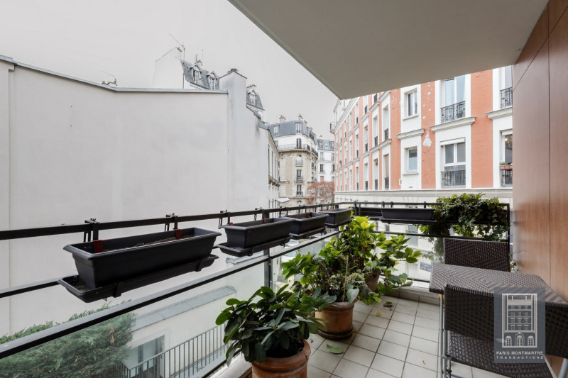 Deluxe sale apartment Paris 18ème 965000€ - Picture 3