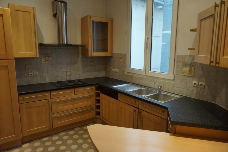 Location appartement Colmar 890€ CC - Photo 3