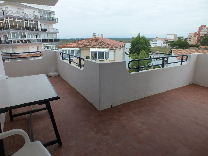Location vacances appartement Roses santa-margarita 260€ - Photo 2