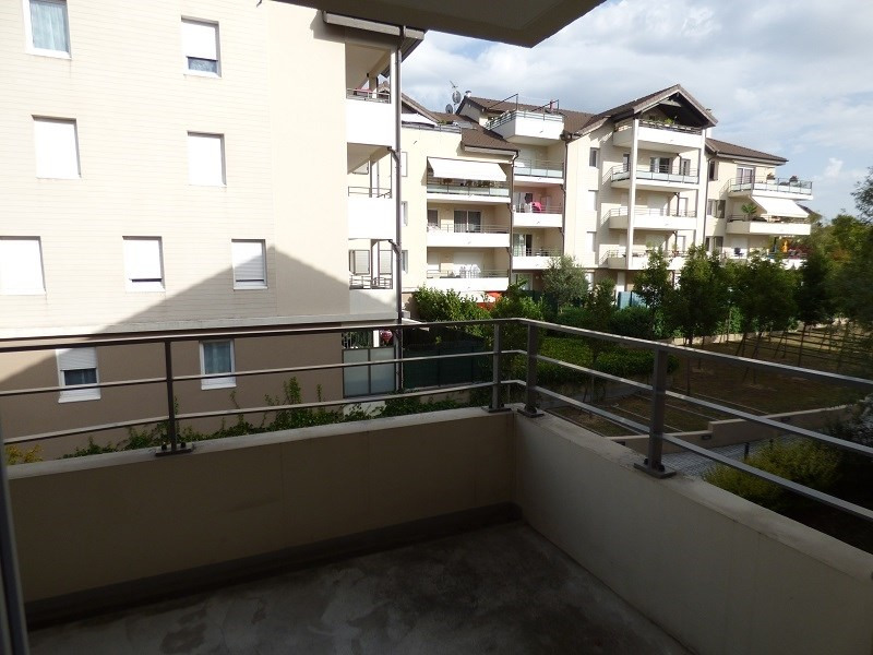 Rental apartment Ville la grand 988€ CC - Picture 2
