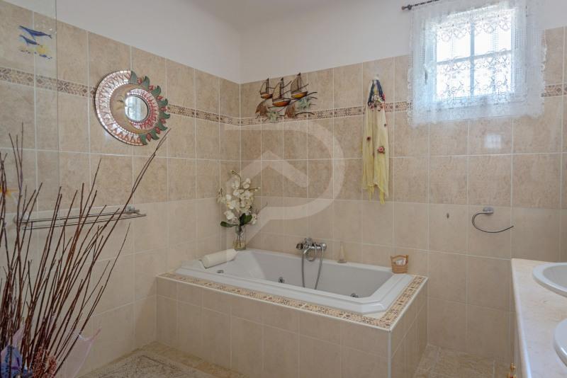 Vente maison / villa Entraigues sur la sorgue 352000€ - Photo 10